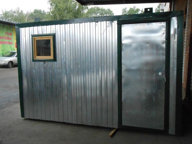 Материал: Внешняя отделка – металлопрофиль, внутренняя отделка – ДВП, кровля –металлопрофиль, утепление – 50мм. пенопласт. окно – деревянное, дверь – металлическая Каркас - дерево, брус 50х50 мм, Электрика в комплекте. Цена 55 000 руб. Возможны различные размеры и материалы. Цена за квадратный метр – 5 500 руб.