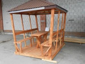 Материал: дерево крыша – металлопрофиль, стол и 2 лавочки в комплекте. Цена 20 000 руб. Возможны разные размеры.